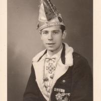 Jungelfer Ewald Volz.
