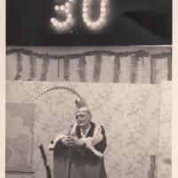 Bunter Abend: Büttenrede von Betriebsleiter H. Hönninger.