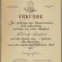 11.11. im Ziegelhof: Jungelfer Werner Mutter erhielt seine offizielle Urkunde.