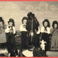 Bunter Abend im Schützen: Die jüngsten Schneckinchen und Schnecken. Einstudiert von Gretel Schroff.