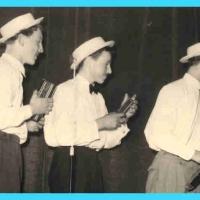 Großer Bunter Abend: Das Mundharmonika-Trio mit Ernst Lanz, Ernst Stemmer und Hans Geier zeigte anschließend ihr können.