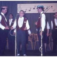 Bunter Abend im Schützen: Es wirkten mit: S. Greis, K. Hofmeier, B. Ramsperger, W. Schaer, D. und W. Stöß, M. und W. Theuerjahr.
