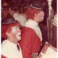 Clown Walter Stöß und Werner Mutter beim Rosenmontagsball im Konzil.