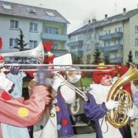 Rosenmontag: Die Clowngruppe bei Familie Nübel.