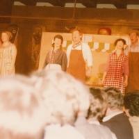 Narrenkonzerte im Konzil: Es sangen mit: Mary und Rudi Deutinger, Inge und Dieter Stöß, Marga und Wolfgang Theuerjahr. Text: Willi Zinkhöfer und Paul Bischoff. Musik: Karl Podolka.