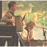 Narrenkonzerte im Konzil: Die Wanderer wurden musikalisch begleitet von Karin Förster und Norbert Fiedler.