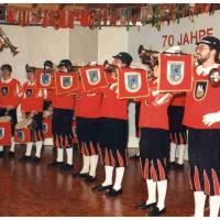 70 Jahre Schneckenburg: Zum Auftakt spielte der Jubiläums-Fanfarenzug unter der Leitung von Bernd Sum.