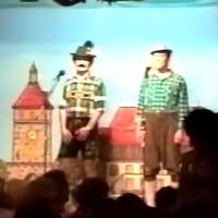 11.11. in der Linde: Auf geht's Buam, g'sunge wird. Die Gesangsnummer mit Ekki Moser, Wolfgang Theuerjahr, Dirk Mutter und Marmertus Stader.