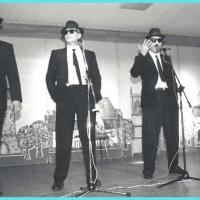 11.11. in der Linde: Die Fantastischen Fünf. Gesangsnummer mit: Markus Deutinger, Ekkehard Moser, Bernd Mutter, Dirk Mutter und Mamertus Stader.