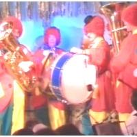 11.11. in der Linde: Die Clownkapelle der Schneckenburg beschließt den Abend.