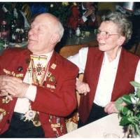 75 Jahre Schneckenburg: Ehrenelfer Walter Buck mit Frau Trudel.