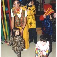 Rosenmontag: Kinderball im Bruder-Klaus-Kindergarten. Die Kinder wurden betreut von Silvia Moser.