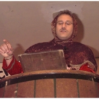 11.11. in der Linde: Alexander Urban als Schneckenbürgler Bote berichtete was in der Welt passierte.
