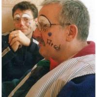 Clowngruppe beim Carneval in Viareggio: Und jeder bekam einen eigenen Text auf die Backe.