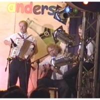 11.11. in der Linde: Musikalisch begleitet wurden sie von Axel Bürger, Norbert Fiedler und Konrad Kraus.