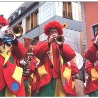Schmutziger Donnerstag: Die Clowngruppe am Kaiserbrunnen.