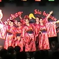 """11.11. in der Linde: """"Land des Lächelns"""" mit dem Schneckenburg-Ballett """"Girls United"""" unter der Leitung von Silvia Moser und Karin Ott."""