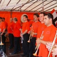 Die Clowngruppe unter der Leitung von Gerd Zachenbacher spielte auf dem Petershauser Stadtteilfest.
