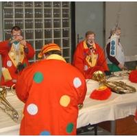 Rosenmontag war Clowntag: Zuerst ein gemeinsames Frühstück.