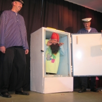 11.11. in der Linde: Der Zwerg im Kühlschrank.