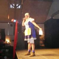 1. Männerballett-Treffen vom Schneeschreck: Ansager Axel Zunker in Aktion.