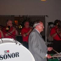 80. Geburtstag von Paul Bischoff: Er durfte an der Trommel mitspielen.