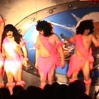 """11.11. in der Linde: """"Im Neanderthal ist der Teufel los"""". Das Männerballett der Schneckenburg unter der Leitung von Karin Ott."""