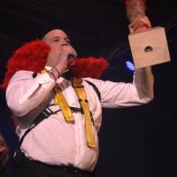 Männerballett-Treffen vom Schneeschreck: Und begrüßte das Publikum.