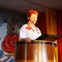 11.11. in der Linde: Schwester Nixnutzia erzählte von Ihrem Beruf als Krankenschwester.