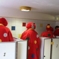 """Schmutziger Donnerstag: Die Clowngruppe """"musste mal"""" im Käthe-Luther-Kindergarten."""