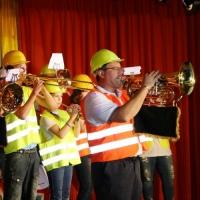 11.11. in der Linde: Der Fanfarenzug der Schneckenburg unter der Leitung von Alexander Urban eröffnete den 2. Teil des Abends.