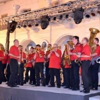 Die Clowngruppe auf der Insel Gozo: Spieltermin auf dem Platz.