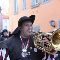 Umzug am Fasnachtssonntag in der Stadt: Musikalische Leitung hatte Alexander Urban.