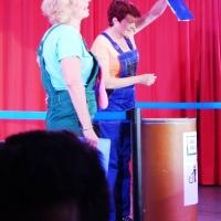 11.11. in der Linde: Durch das Programm führten die Ansagerinnen Petra Bruderhofer und Dagmar Hohensteiner.