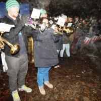 Schneeschreckerwachen in der Unikurve: Dazu spielte der Fanfarenzug unter der Leitung von Alexander Urban.