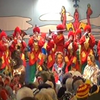 Frühschoppen im Konzil: Die Clowngruppe der Schneckenburg.
