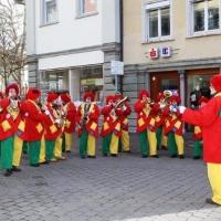 Rosenmontag mit der Clowngruppe: Vor dem Speckessen gab es noch ein Platzkonzert.