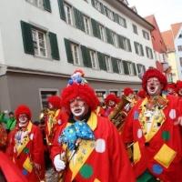 Umzug am Fasnachtssonntag: Danach folgte die Clowngruppe.