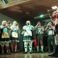 25 Jahre Schneckenbürgler Schneeschreck: Zum Auftakt spielte die Clowngruppe.