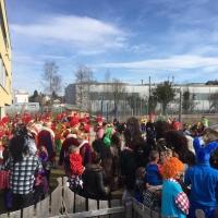 Schmutziger Donnerstag: Besuch beim Kindergarten von der Flüh.
