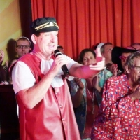 11.11. in der Linde: Markus Deutinger, Dirk Mutter und Wolfgang Sterk sangen das Abschlußlied.