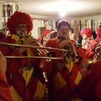 Rosenmontag mit der Clowngruppe: Und endete in Singen in der Gems.