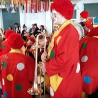 Rosenmontag mit der Clowngruppe: Der Besuch beim Speckessen der Kamelia Paradies im St. Stephanshaus war wieder stimmungsvoll.
