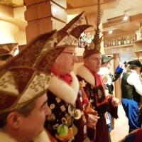 Schmutziger Donnerstag: Die Schneckenburg besuchte den Petershof.