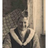 Besondere Ehre erwarb sich der damalige Betriebsleiter Willi Gottmann, der auch den Jungelferrat schuf. Ein Bild von 1937.