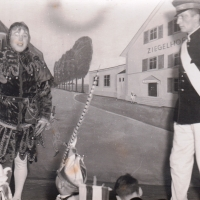 Bunter Abend 1939 im Zieglhof.