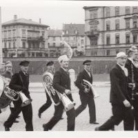 Umzug Fasnachtssonntag 1939: Zuerst ging es über den neuen Sternenplatz.