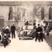 Schmutziger Donnerstag: Die Weckerkolonne auf dem Stefansplatz.