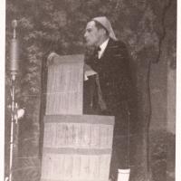 """Bunter Abend: """"Von der Spielbank zur Spülbank"""". Büttenrede von Elfer Herbert May."""