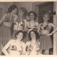 Bunter Abend: Das Männerballett der Schneckenburg. v.l.n.r.: W. Rupp, W. Mutter, H. May, W. Stöß, B. Ramsperger, E. Schaer.